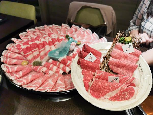新北火鍋-瀧厚鍋物 台北景平店,50OZ大胃王套餐霸王級肉盤,99元吃和牛,近景安站,聚餐地點,約會地點