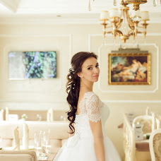 Wedding photographer Marina Bazhanova (id24448806). Photo of 12.05.2017