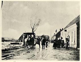 Photo: 1904 Paardentram aan Heilaar