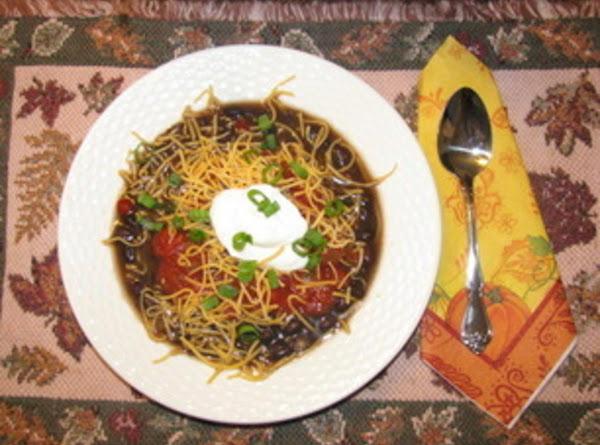 Fast & Easy Hearty Black Bean Soup Recipe