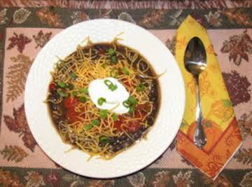 Fast & Easy Hearty Black Bean Soup