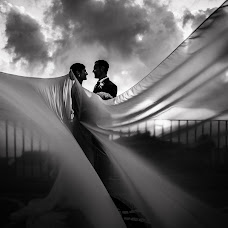 Wedding photographer Vincenzo Martello (Photolifestudio). Photo of 21.05.2018