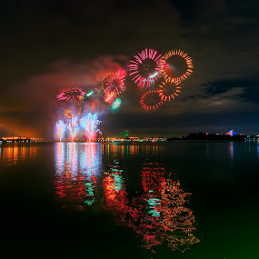The Fireworks Competition  by Mohd Tarmudi - Abstract Fire & Fireworks ( putrajaya )