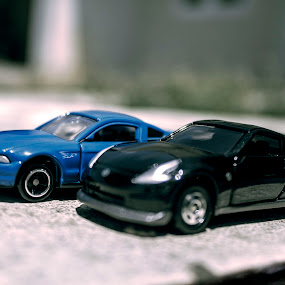 Show off by Yoseph Ismail - Artistic Objects Toys ( car, takaratomy, diecast, toyphotography, toy, automobile, play, fun )