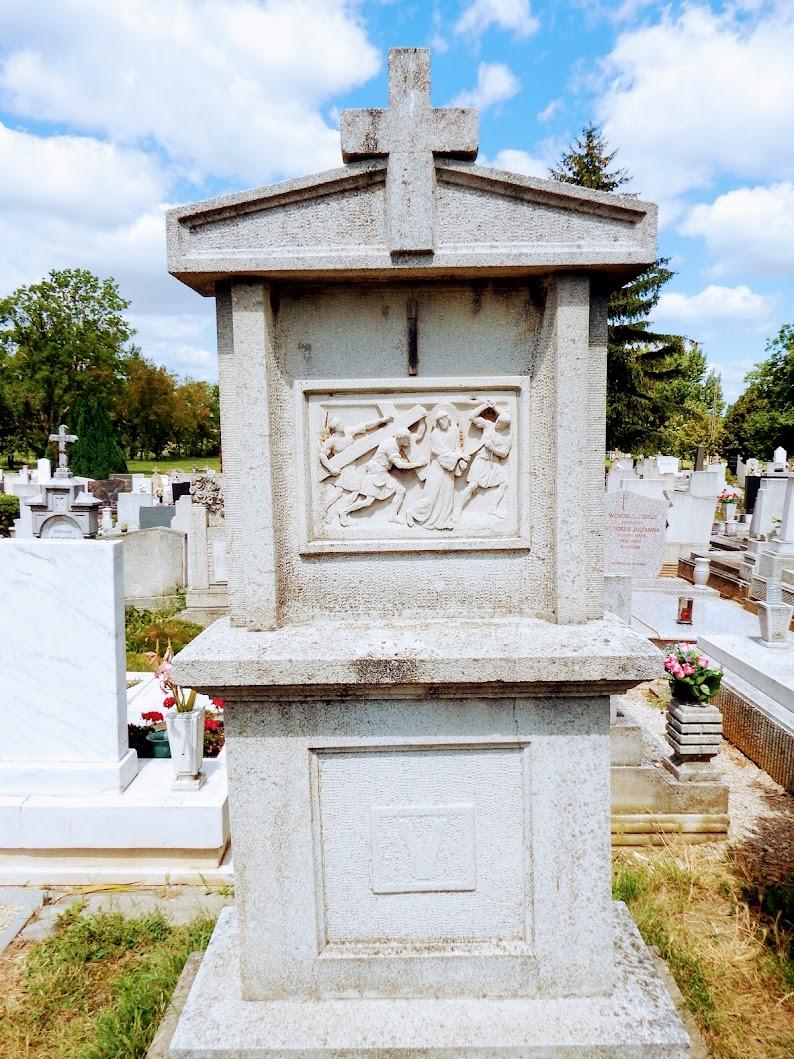 Mór - kálvária a temetőben, kálvária-szoborcsoport