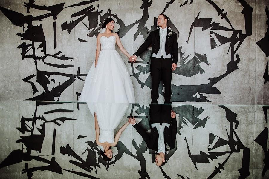 Wedding photographer Carlos Vera (carlosvera). Photo of 01.11.2017