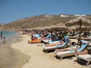 Photo: The lounges are offered compliments of your hotel, although the beach is not private