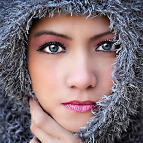 Alaskan II by PATT LULUQUISIN - People Portraits of Women