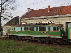"""Photo: EP07-347, P """"Jeziorak"""" Olsztyn Główny - Wrocław Główny {Toruń Miasto; 2004-04-05}"""