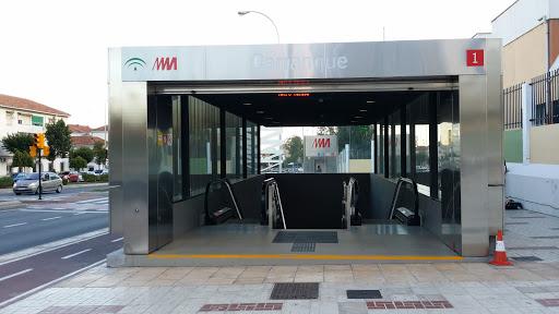 Estación De Metro Carranque