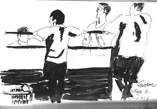 Photo: 閒聊2011.08.06鋼筆+自來水毛筆 員餐的雜役忙完早餐,大伙聚在一起閒聊…