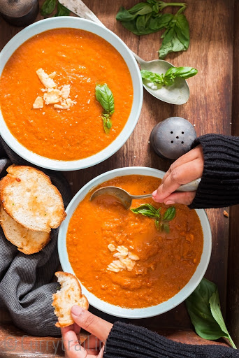 Homemade Roasted Tomato Basil Soup