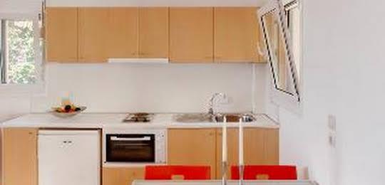 Glyfa Apartments