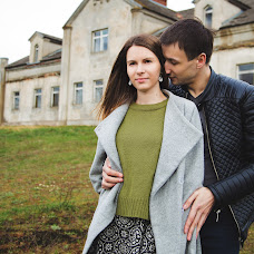 Wedding photographer Olga Volkovec (OlyaV). Photo of 03.05.2017