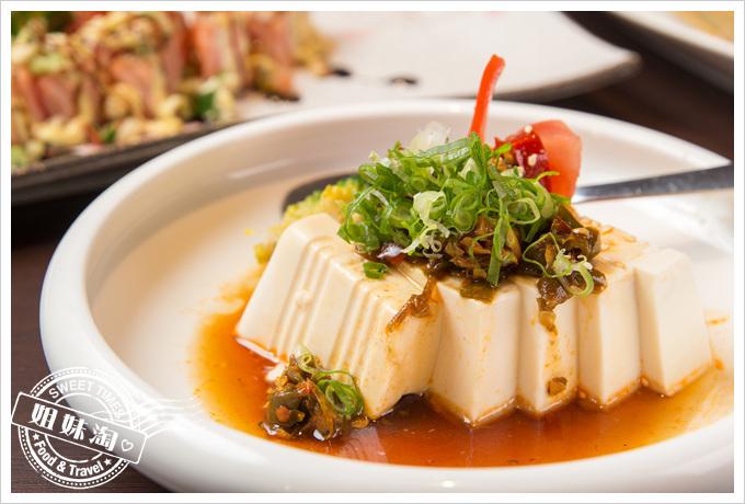 碳鰭水產·燒烤·酒肴·居酒屋青龍竹籃豆腐