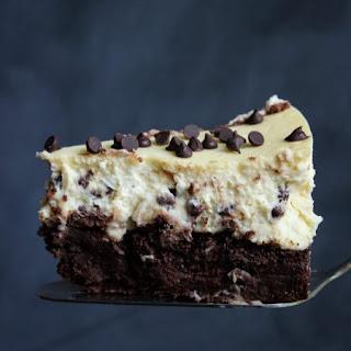 Chocolate Chip Brownie Cheesecake
