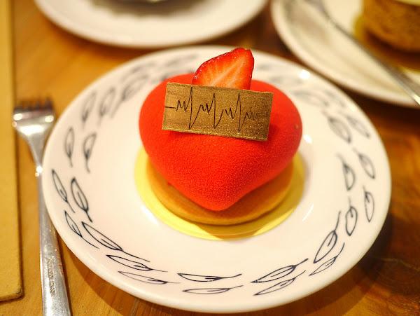 紅帽烘焙, Home Biscuit Cake,新竹大遠百旁下午茶甜點店。