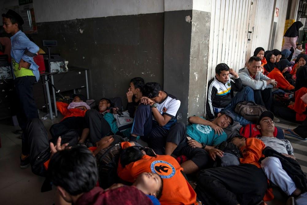 Miljoene sonder krag as die verduistering Jakarta tref