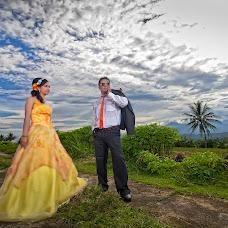 Wedding photographer aldira suripatty (aldirasuripatty). Photo of 17.06.2015