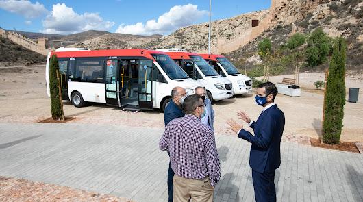 La nueva calle Pósito lleva el bus a las plazas del Carmen y la Administración