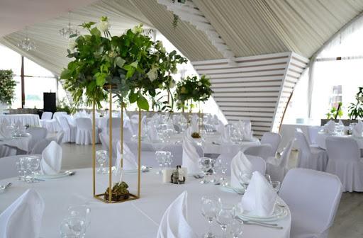 шатер для свадьбы в «Яхт-клуб «Адмирал»»  2