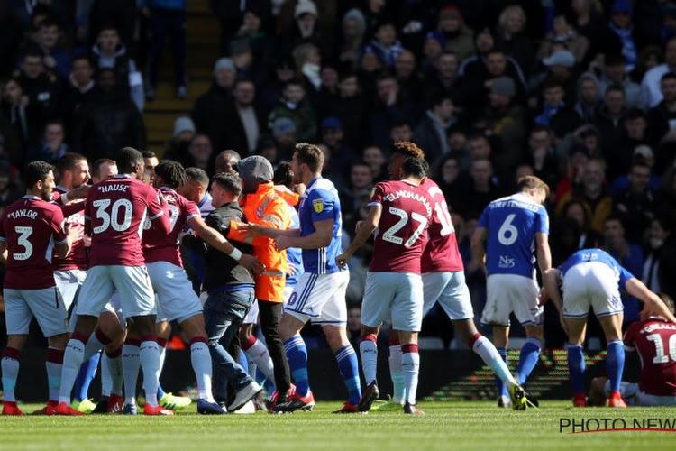 Aston Villa premier qualifié pour la finale des Play-offs