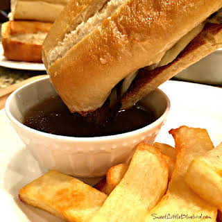 Easy Slow Cooker French Dip Sandwiches.