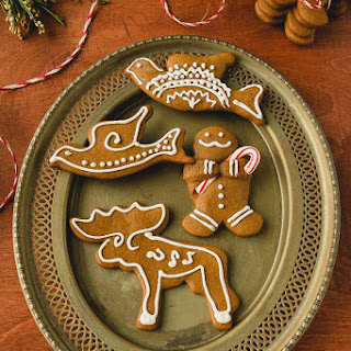 Honey Gingerbread Cookies with Lemon Icing