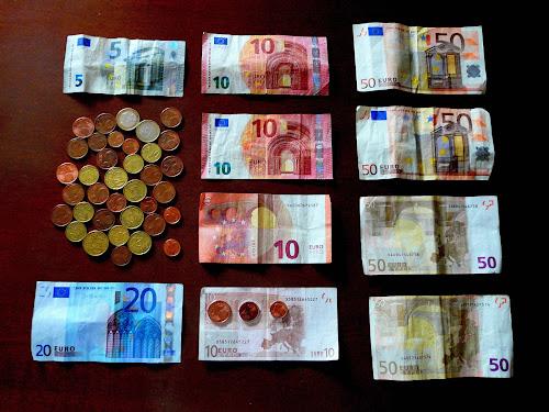 I soldi fanno la felicità  di Mario Romano