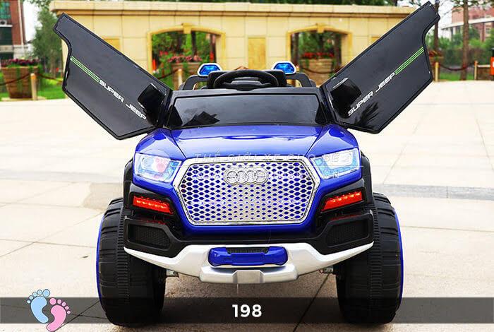 Siêu xe ô tô điện 4 động cơ 198 7