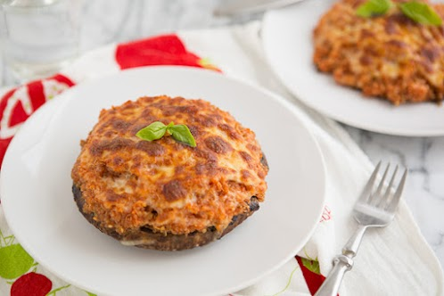 Pizza Quinoa Stuffed Portabella Mushrooms