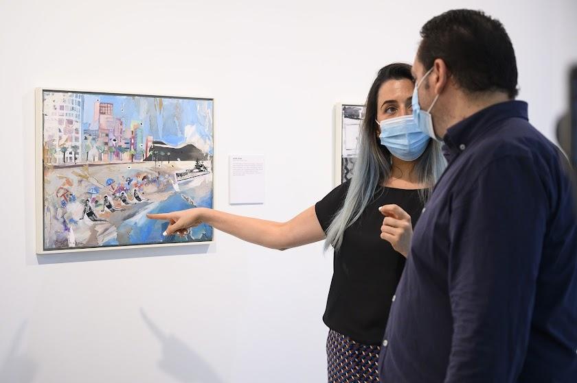 Exposición 'Azules y Rojos', de Elvira Martos
