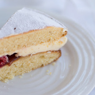Victoria Sponge Cake for Mother's Day.