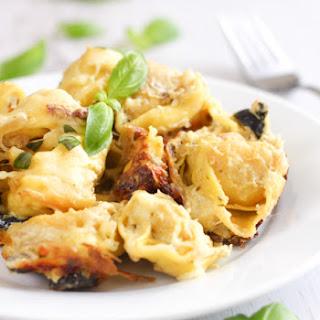 Creamy Mediterranean tortellini bake