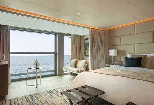 Let your tensions slip away in the Medallion Suite during your Silver Origin sailing.