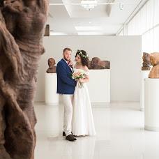 Wedding photographer Yuliya Sveshnikova (Juls93). Photo of 21.02.2017