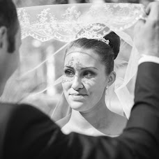 Wedding photographer Yuliya Abashina (abashinaj). Photo of 12.10.2014