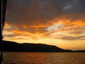 Photo: Coucher de soleil aux Mergui