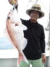 Photo: 綺麗な真鯛2kgでしたー! おでこに刺さってました。