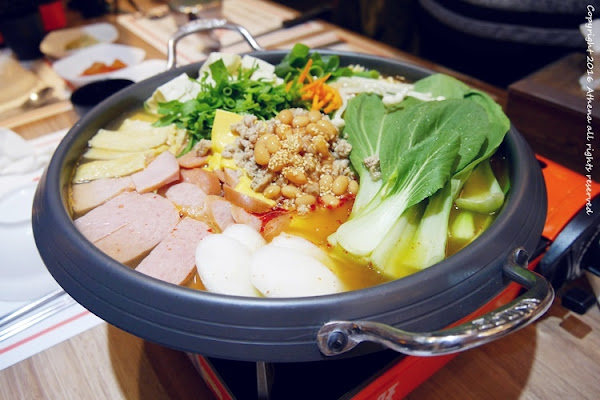 東區:林家匠韓國部隊鍋 冠軍韓國泡菜之家 多種不同口味的部隊鍋 推推推薦