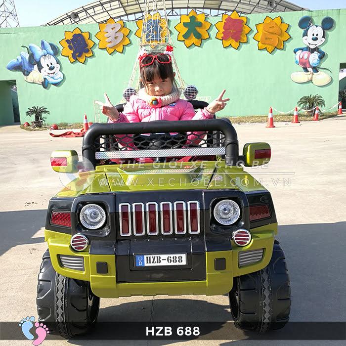 Xe ô tô điện cho bé Jeep HZB-688 3