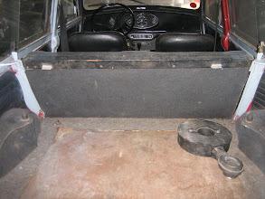 Photo: Man beachte die edle Teppichverkleidung der Radkästen
