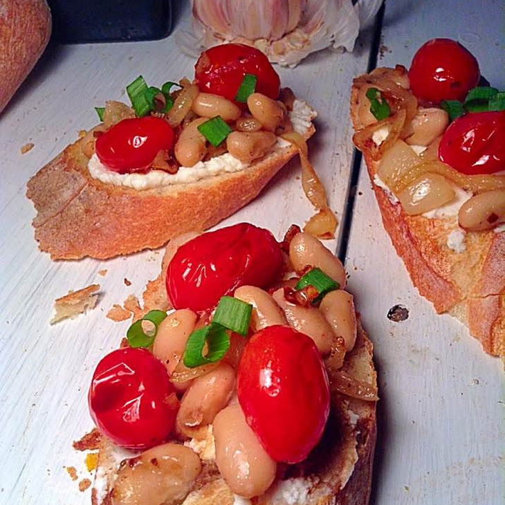 Cherry Tomatoes and White Beans Toast Recipe