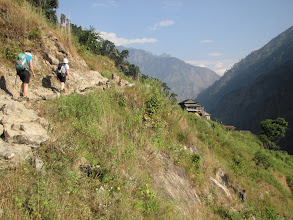 Photo: Hot work on easy sidle tracks in the lower reaches of the Budhi Gandaki
