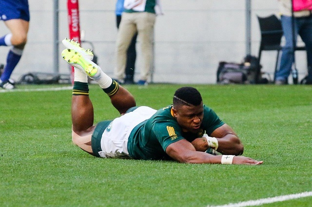 South Africa took just 30 seconds to get on the scoreboard when livewire wing Aphiwe Dyantyi intercepted a loose Australian pass from Kurtley Beale to dive over and give his team a dream start at Nelson Mandela Bay Stadium.