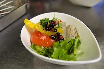 黒千石豆腐サラダの完成