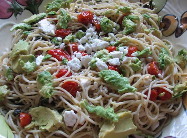 Mediterranean Garden Spaghetti - Quick, Easy And Healthy!