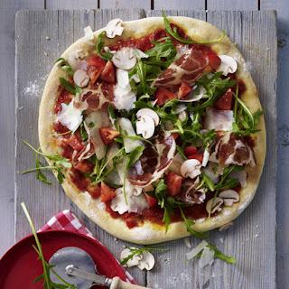 Ham and Arugula Pizza.