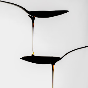 Spoonfall by Ricardo Marques - Artistic Objects Cups, Plates & Utensils ( liquid, fall, spoon, caramel, kitchen utensil, silverware, cutlery, Food & Beverage, meal, Eat & Drink )