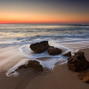 In line by Hugo Marques - Landscapes Waterscapes ( waterscape, sunset, seascape )